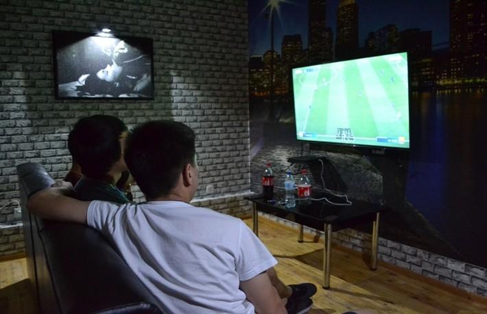 Game Club VERSUS